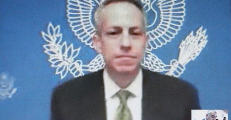 صورة متحدثاً مع غزة للمرة الأولى منذ سبع سنوات، القنصل العام الأمريكي في القدس مايكل روتني: الولايات المتحدة ملتزمة بدعم الفلسطينيين في غزة