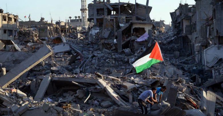 صورة ثلاث سنوات على مؤتمر القاهرة لإعادة إعمار قطاع غزة بين وعود التمويل و آلية الامم المتحدة وبقاء المعاناة